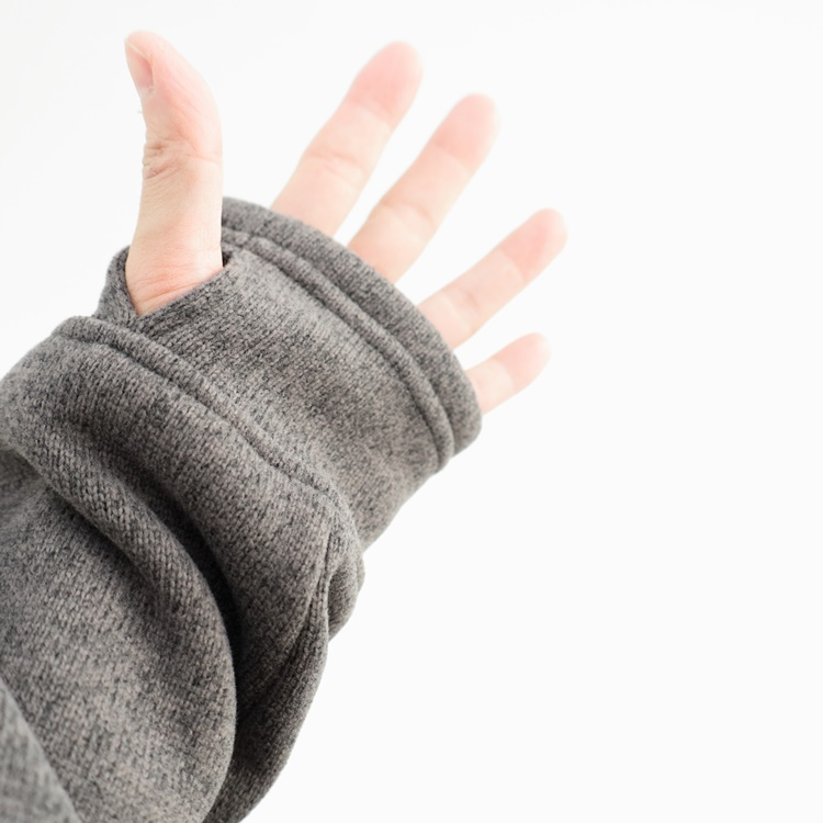 tilak(ティラック)POUTNIK Sage Woolly Sweatshirts